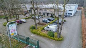 Luchtfoto van de Asotep burelen en Atelier te Genk
